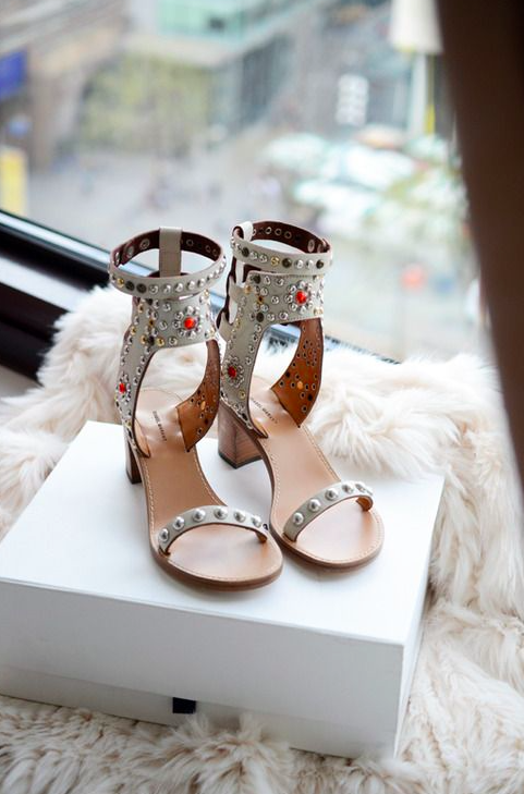 Wardrobe Edit: The Perfect Heels for a Playdate