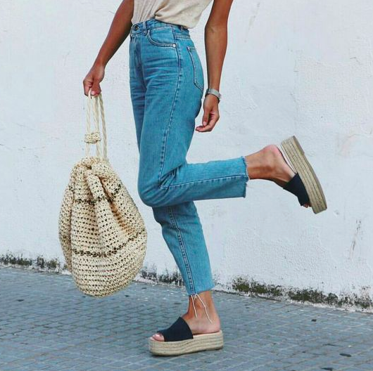 Simple is as Simple does – the Summer Sandals you need this year